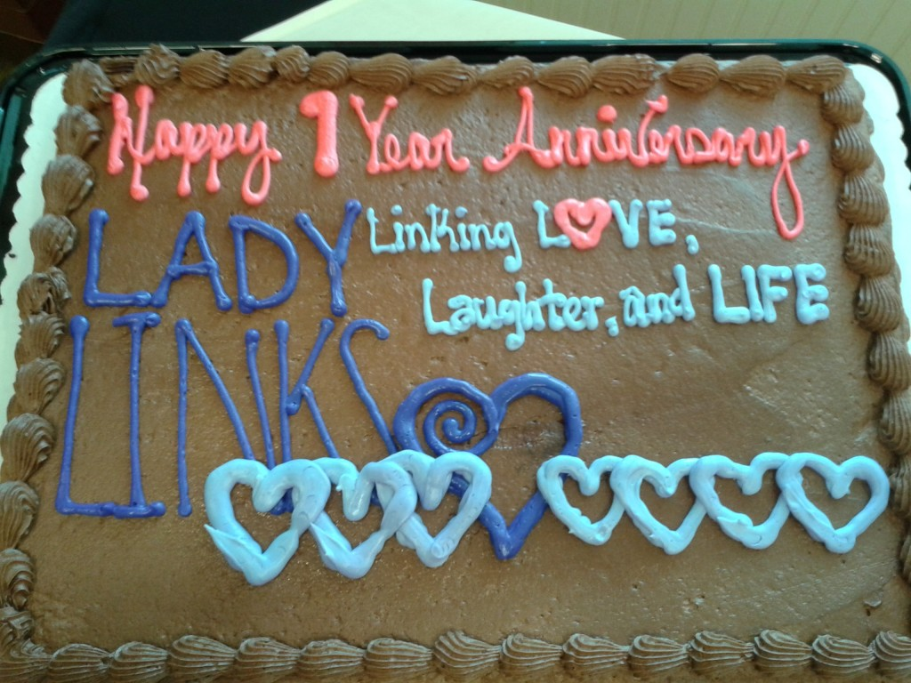 The Lady-Links logo was the perfect decoration for our celebration cake.